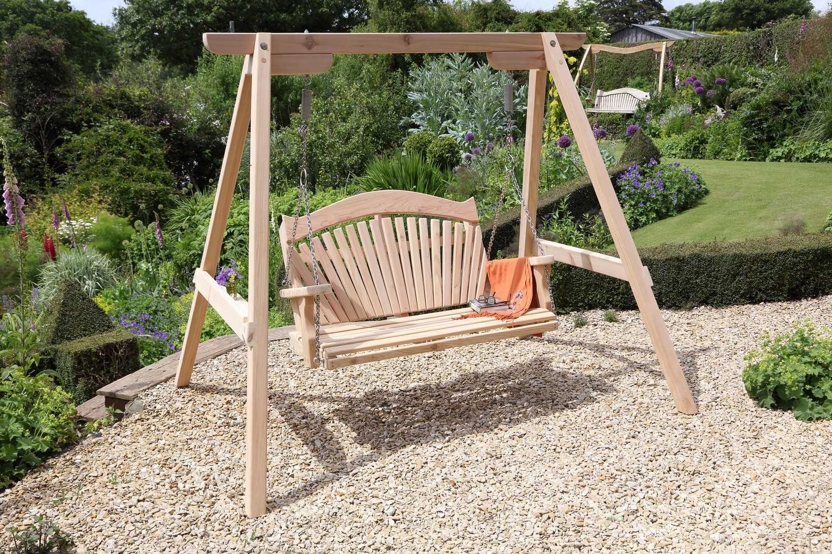 Rhs serenity garden swing seat in western red cedar for Garden swing seat plans