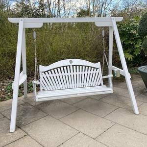 Affinity Fan Back Swing Seat at Harlow Carr