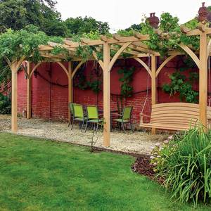 Bespoke Three Bay Pergola