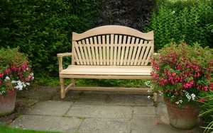 Swinging Seat on display in RHS Gardens