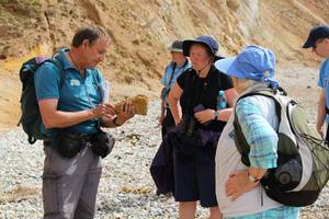 Jurassic Coast Ambassador John Scott leads a walk to Worbarrow Bay. Photo by Bella Ormerod.