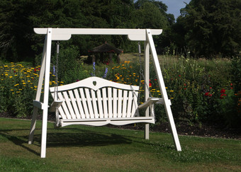 Garden Swing Seat in White - Harmony in Painted Pine