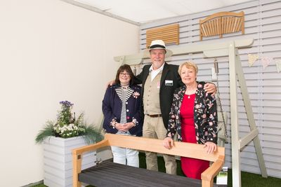Cathy Snow & Shereen Llewellyn of the RHS, with Martin