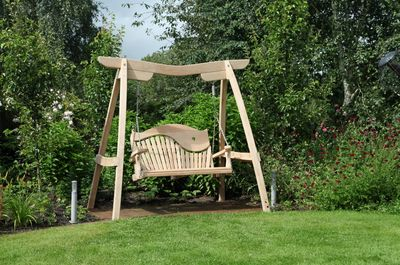 Garden Swing Seat With Swirl Back Kyokusen