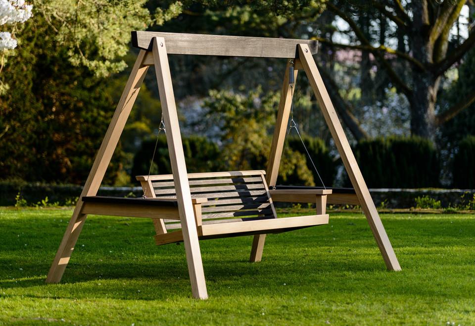 Garden Swing Seat - The Yakisugi | Buy now | Sitting ...